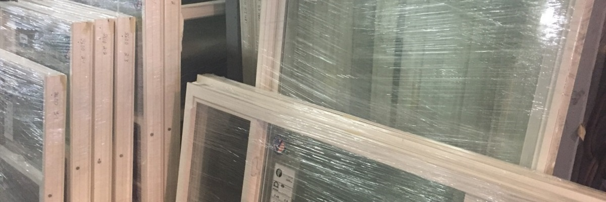 Replacement window screens mobile screen pros ue screen for Best vinyl replacement windows